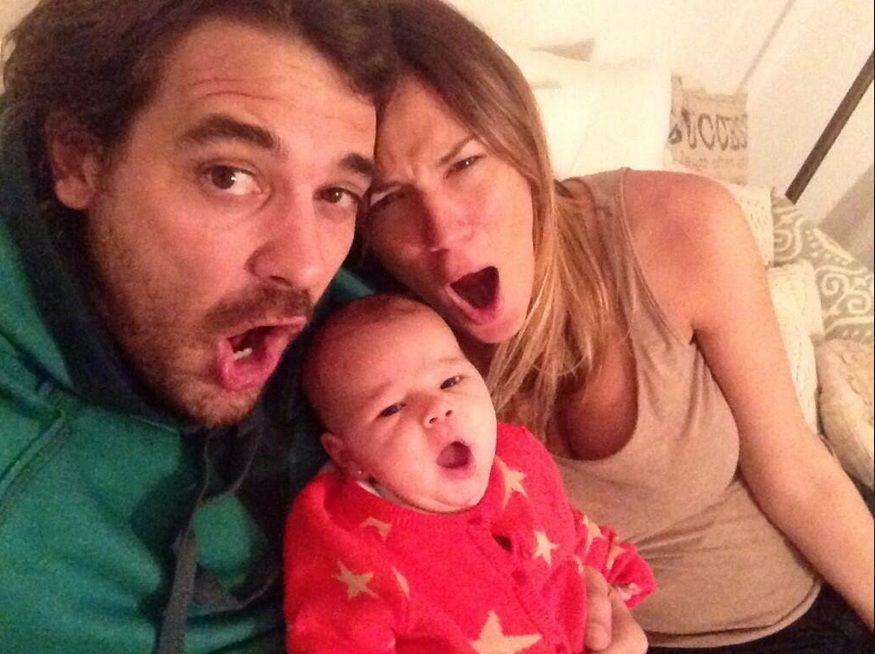 Paula Chaves y Pedro Alfonso presentaron a su hija Olivia