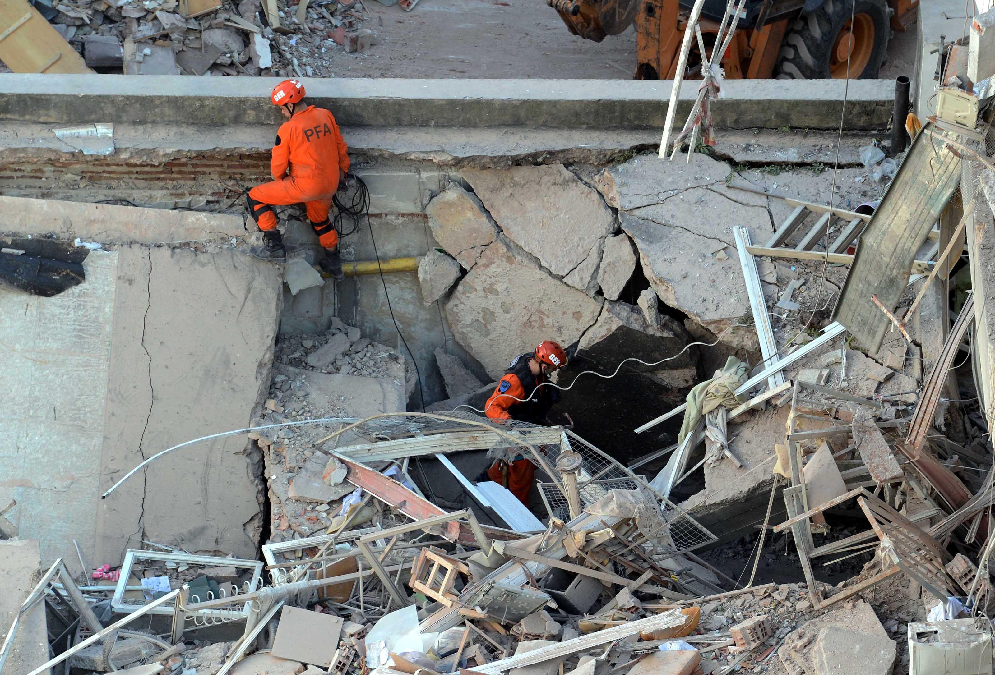 Rosario: los dos cuerpos encontrados estaban abrazados