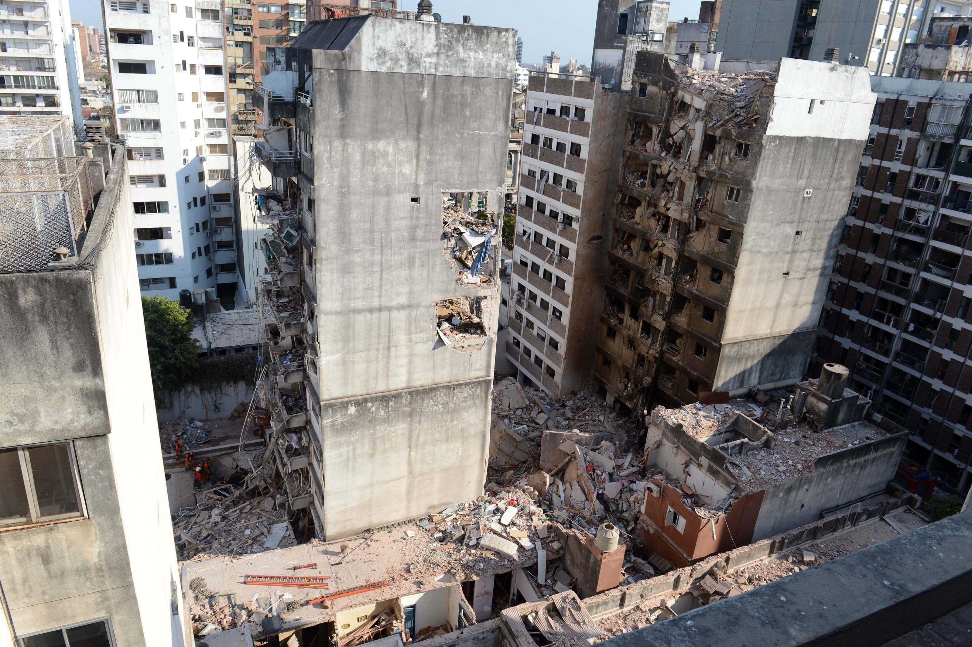 La Justicia autorizó demoler una de las torres de la tragedia