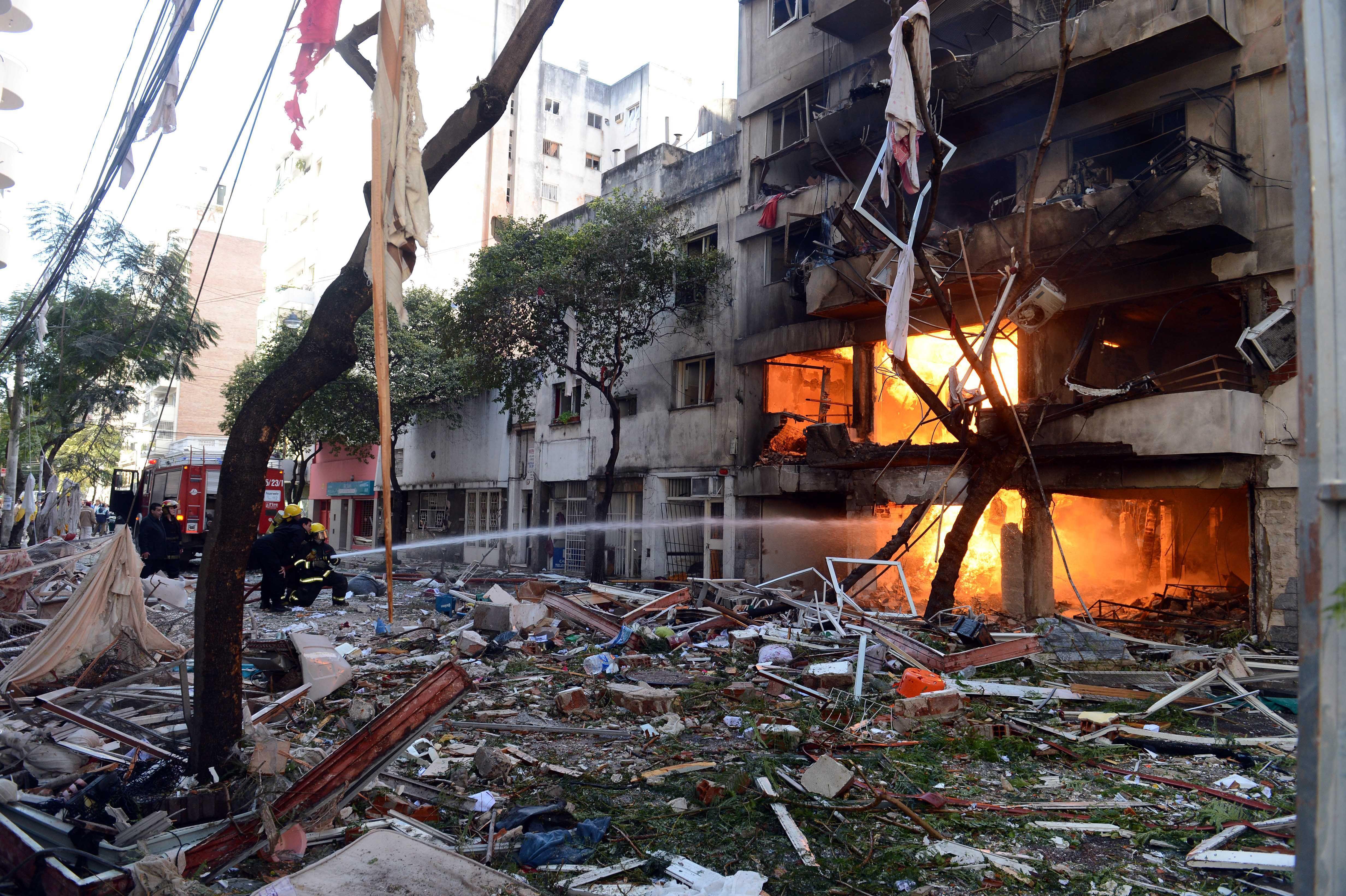Explosión en Rosario: hay al menos 12 muertos y 15 desaparecidos