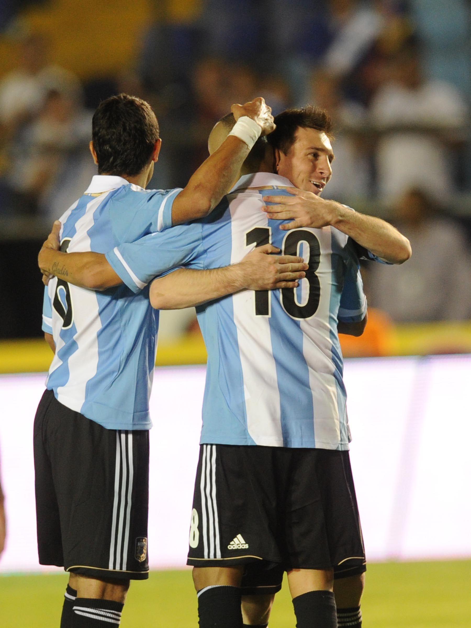 Con Messi imparable, Argentina goleó a Guatemala en un amistoso