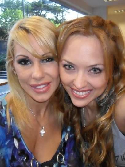 ¿Esta es la novia no reconocida de Mónica Farro?