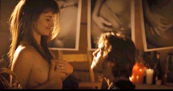 Penélope Cruz Se Desnuda Para Su última Película Hollywood