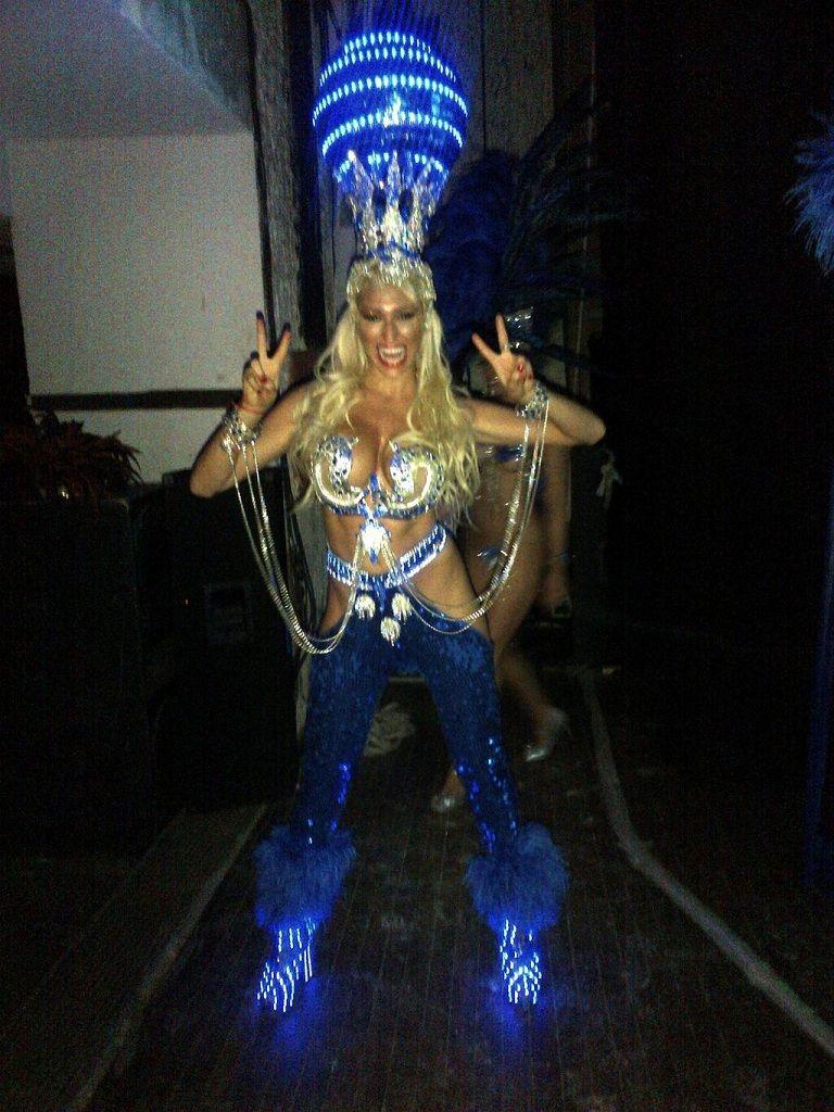 Vicky Xipolitakis festejó el éxito de Escandalosas
