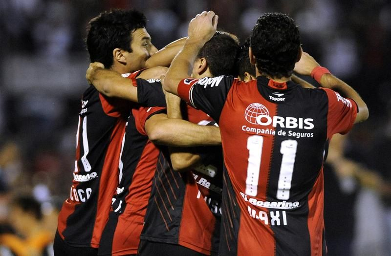 Newells buscará ser puntero del Torneo Final frente a Vélez