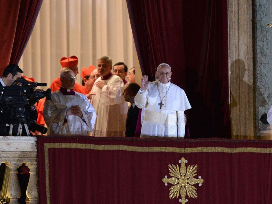 Cuáles fueron las primeras palabras del papa Francisco