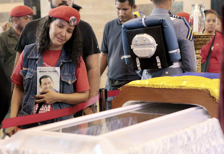 Cómo es el tratamiento para embalsamar a Chávez