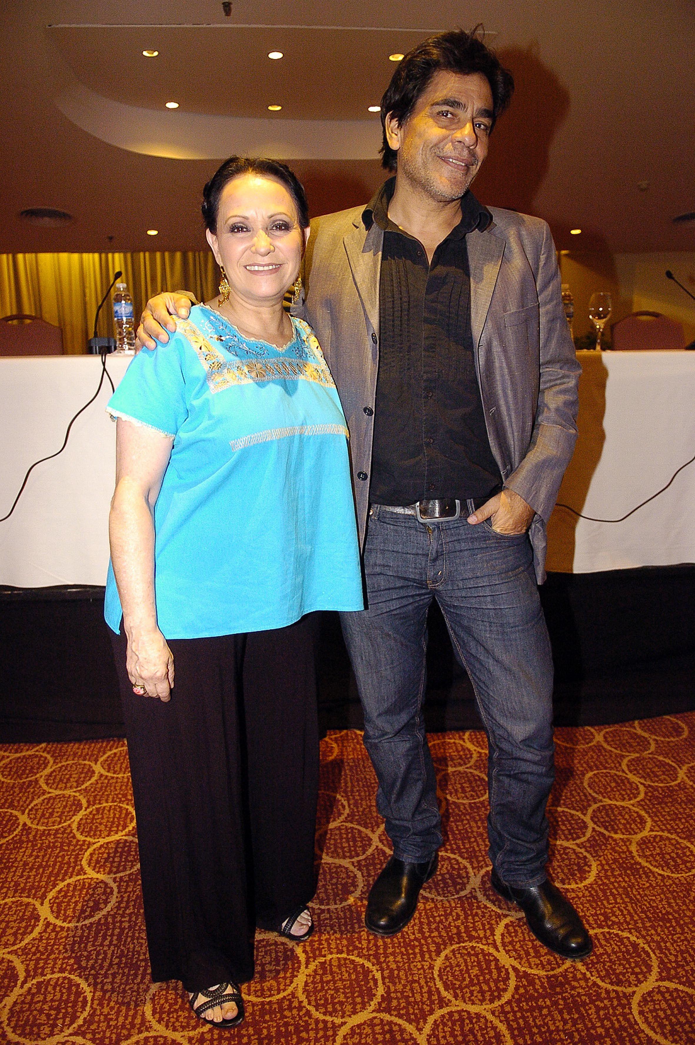 Adriana Barraza y Juan Palomino