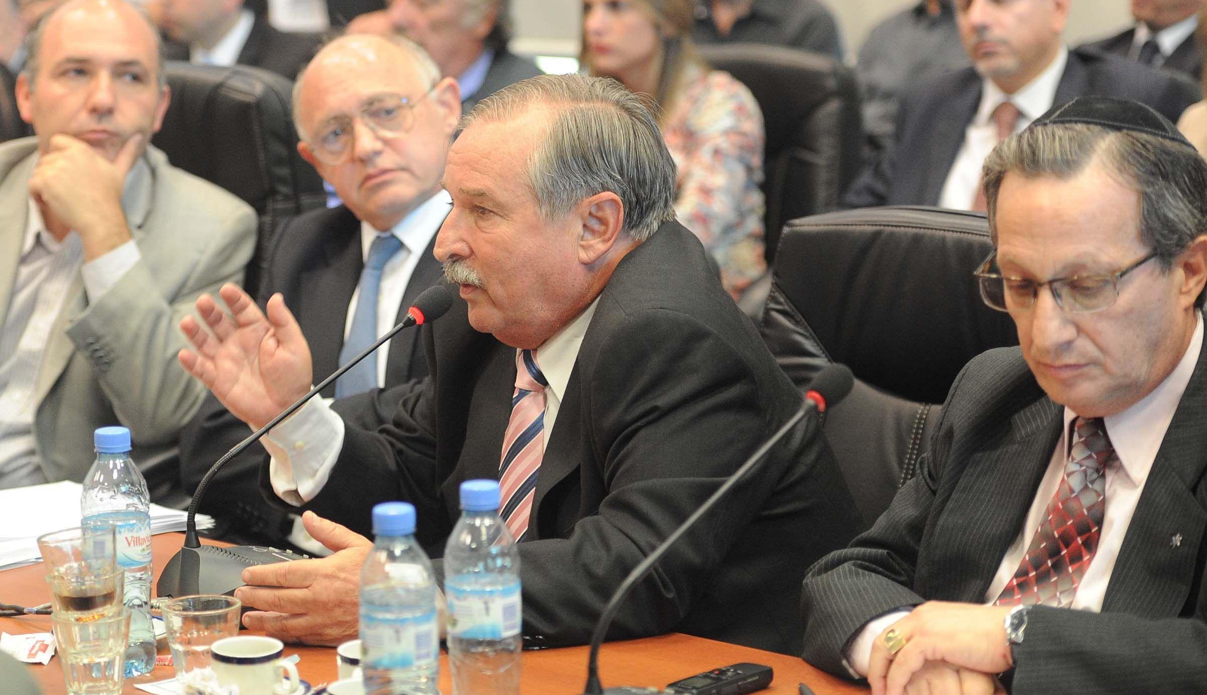 AMIA y DAIA reclamaron la inconstitucionalidad del acuerdo con Irán