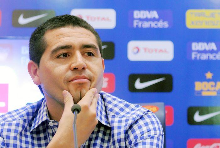 Sin jugar, Riquelme aparece entre los mejores jugadores del continente