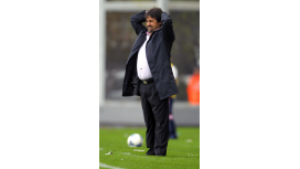 Descendió Caruso Lombardi: será el entrenador de Tristán Suárez en la Primera B