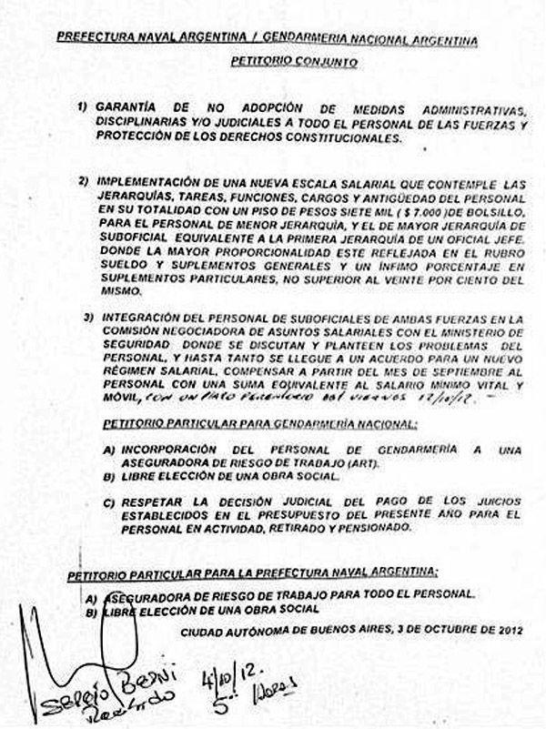 Sergio Berni firmó el petitorio, pero la protesta aún continúa