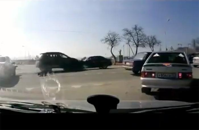 ¡Guarda! Los videos más extraños de choques en la calle