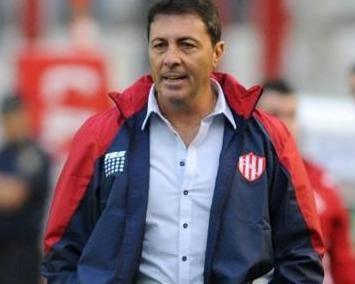 Frank Kudelka renunció como entrenador de Unión de Santa Fe