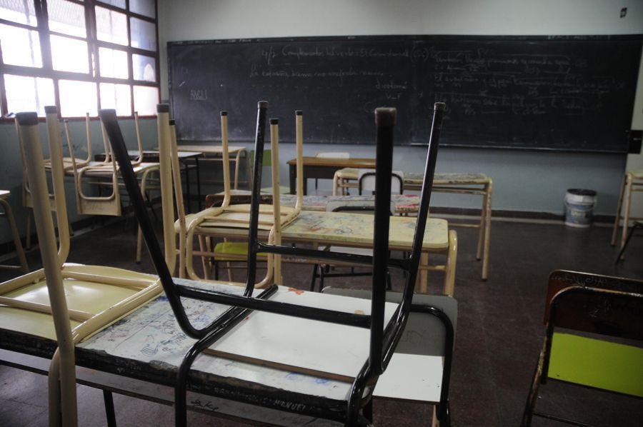 Docentes nacionales van al paro y el lunes no arrancan las clases