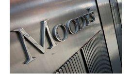 Moodys le bajó la nota a los bonos soberanos en moneda extranjera