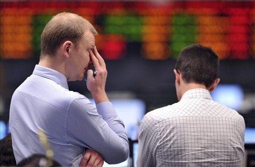 La fuerte caída del petróleo derrumba las Bolsas en EE.UU. y la Unión Europea