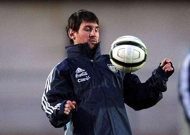 Messi entrenamiento Argentina Suiza