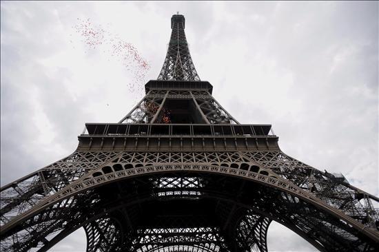 Torre eiffel arriba