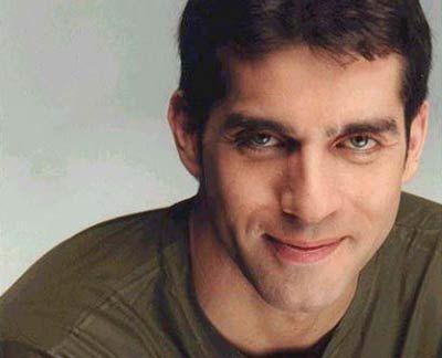Juan castro 01DYN