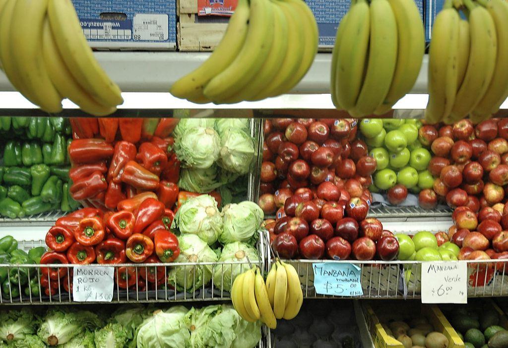 Estiman que podrían subir los precios de frutas y verduras