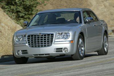 2005-chrysler-300c-front