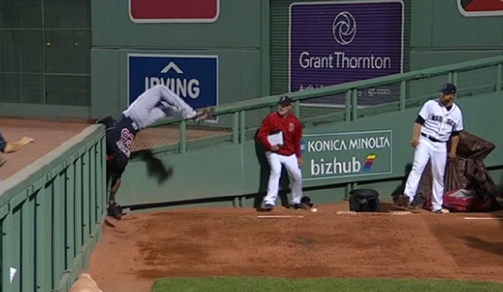 Una pirueta increíble decoró la jugada del siglo en la MLB de béisbol