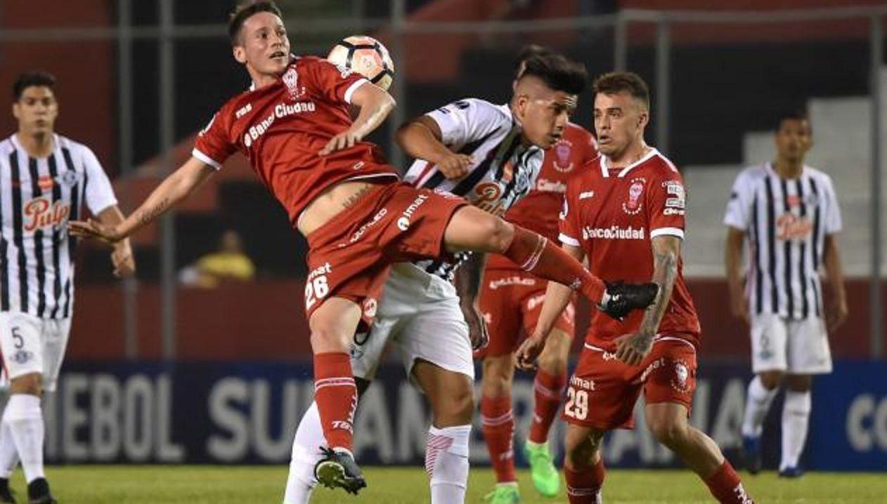 Huracán volvió a perder con Libertad y quedó afuera de la Copa Sudamericana