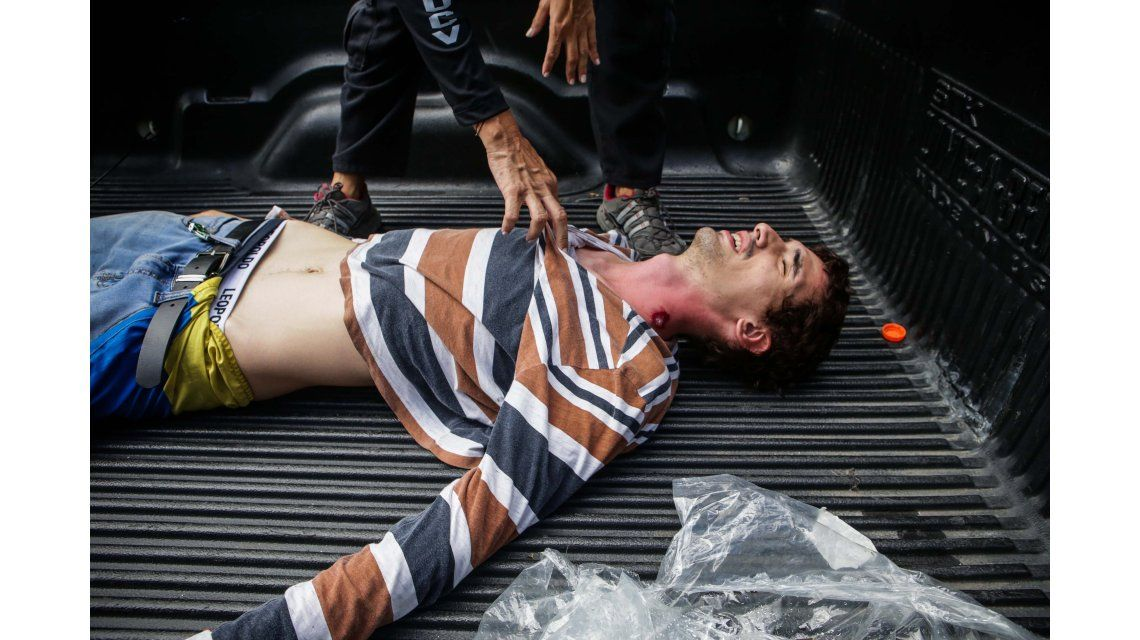 Un joven es trasladado herido en grave estado