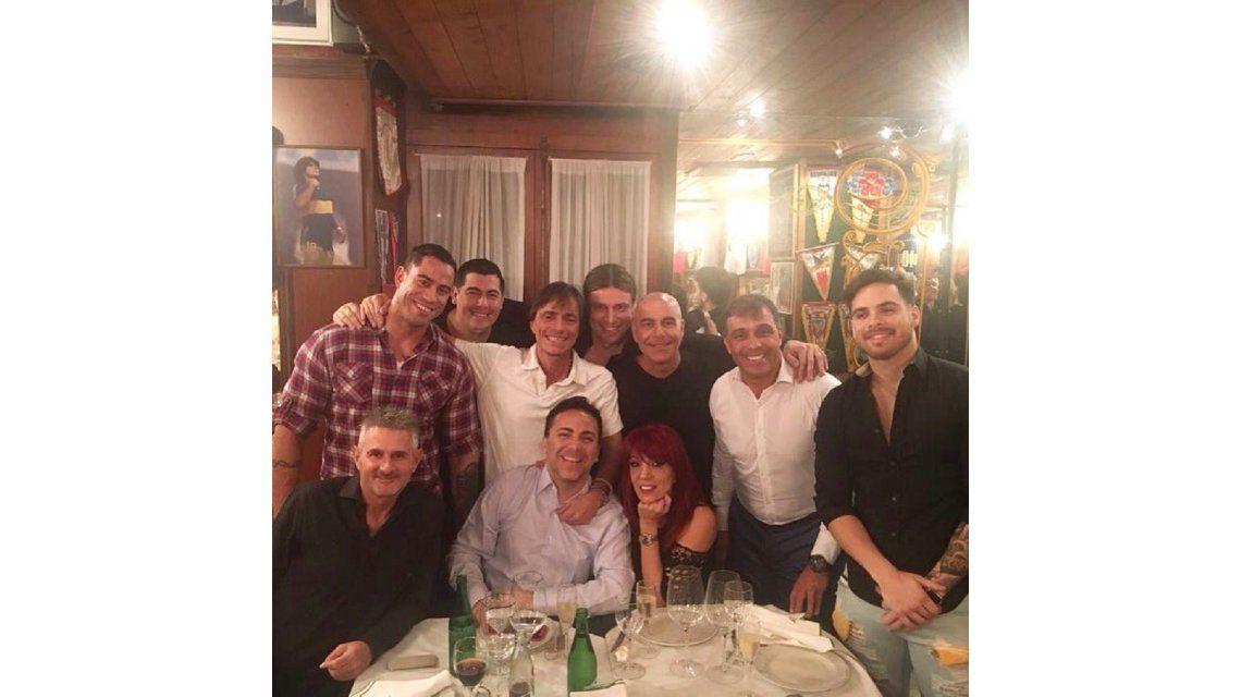 Silvia Peyrou en su cena con Cristian Castro
