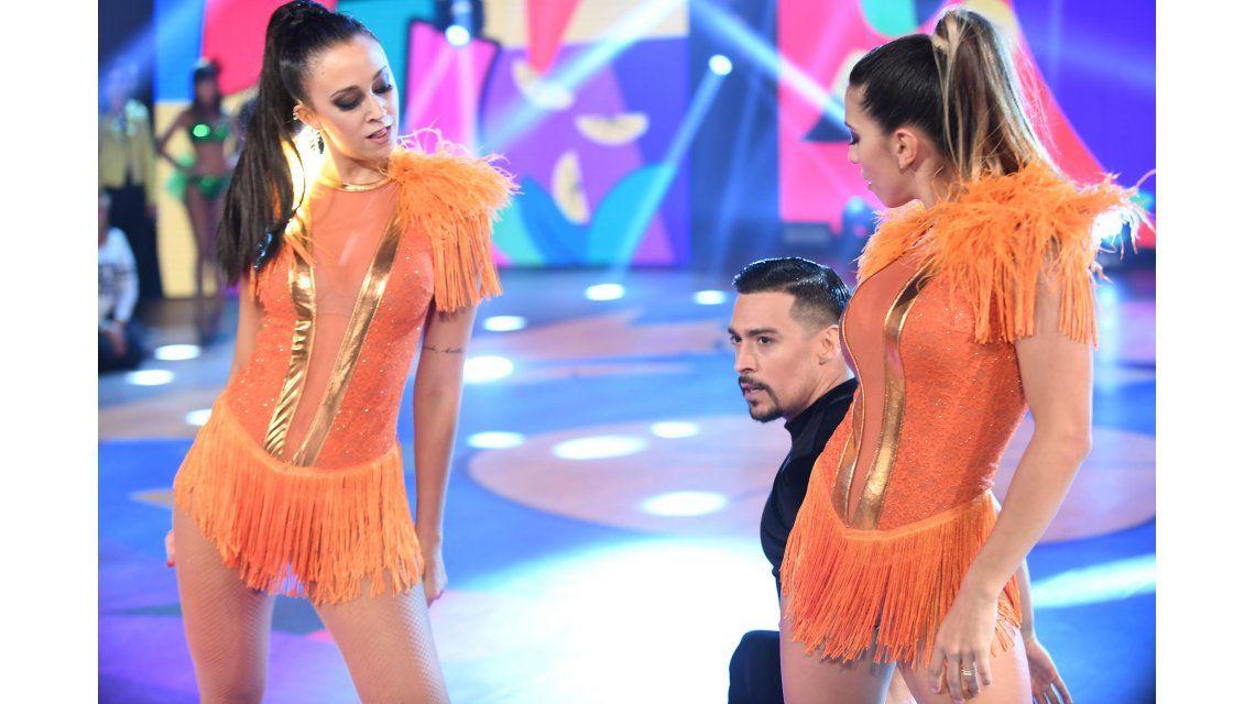 Nai Awada y Jorge Moliniers con Cinthia Fernández