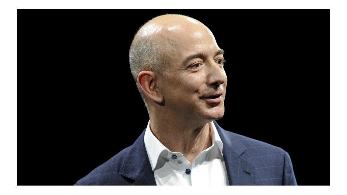 Bezos desplazó a Bill Gates como el hombre más rico del mundo