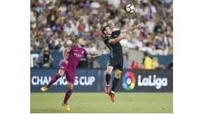 El defensor de la Selección aprovechó un rebote y no perdonó