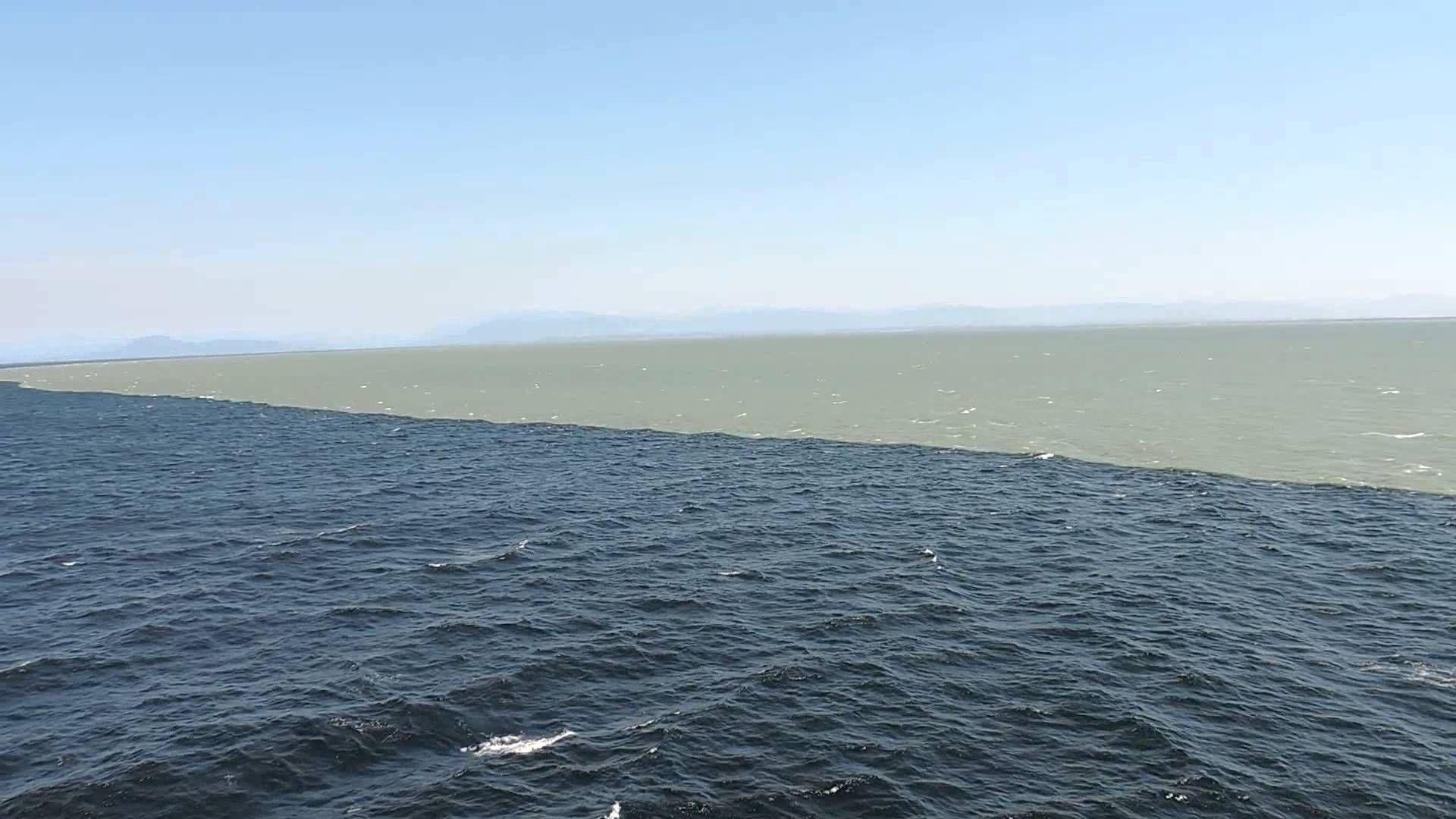La espectacular unión entre el río y el mar