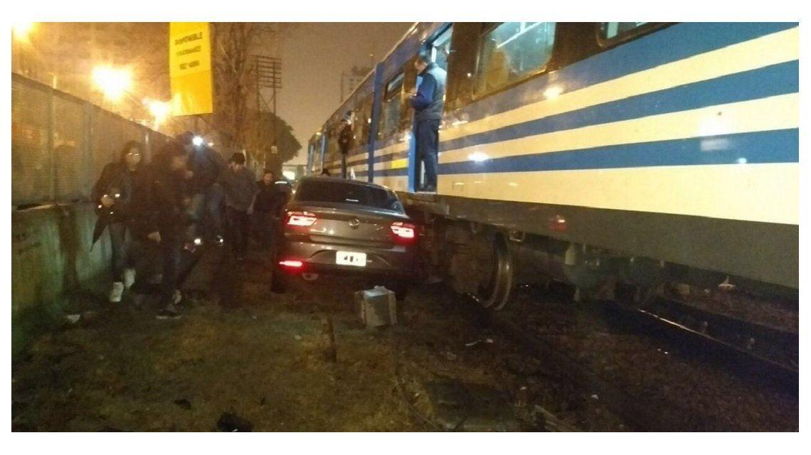 Otro accidente en una barrera del tren Sarmiento