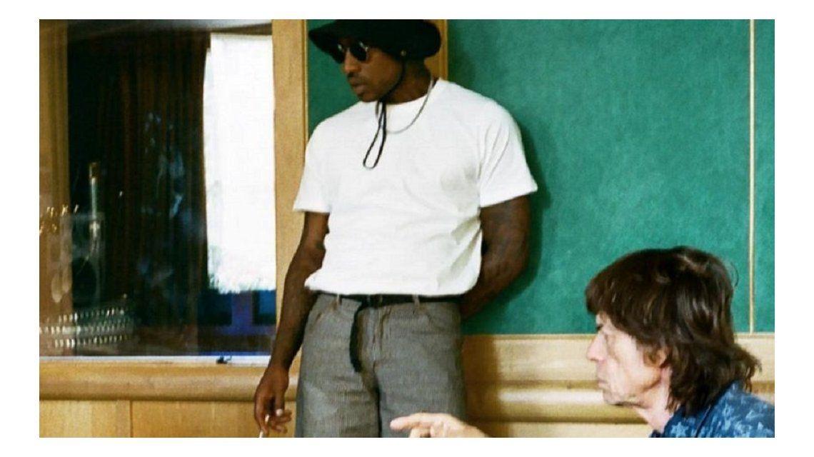 Skepta con Mick Jagger grabando