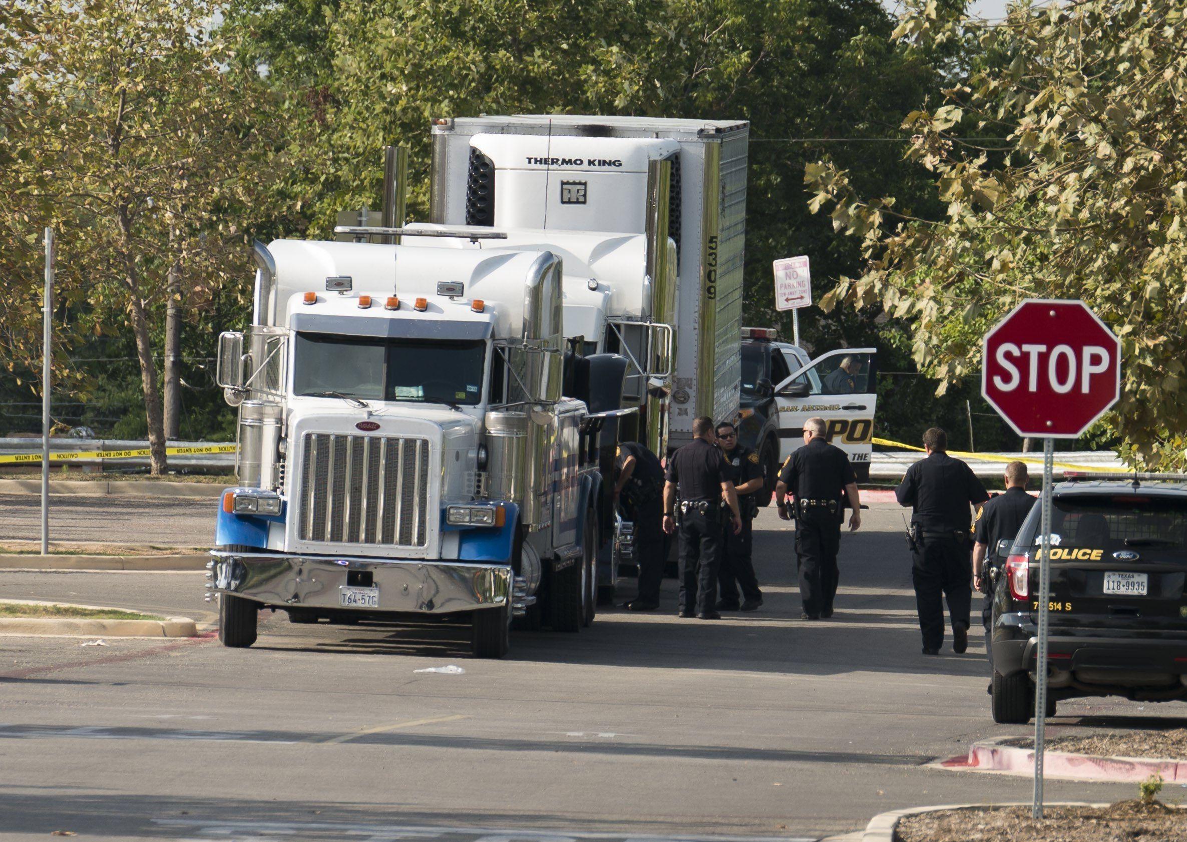 Diez muertos dentro de un camión en Texas