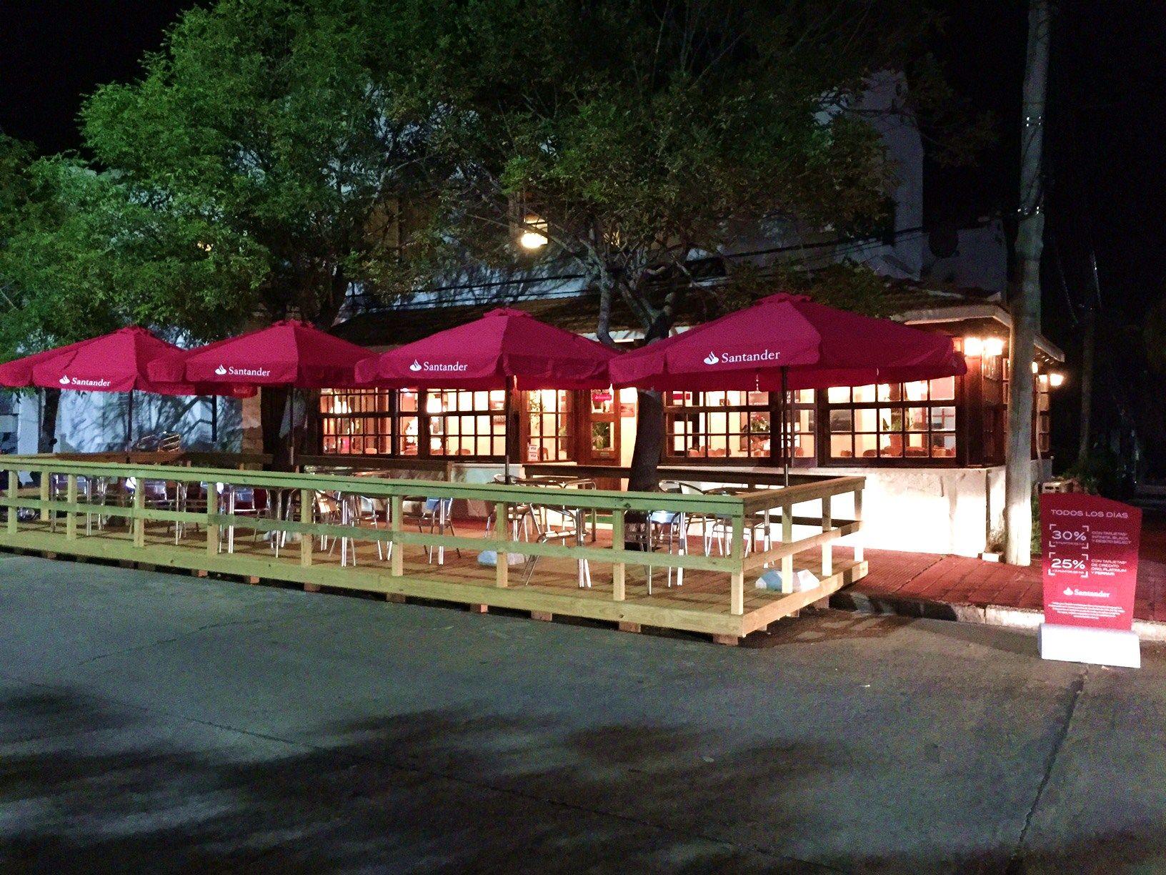 Mirá la iniciativa de un restaurante para que sus clientes puedan tomar alcohol