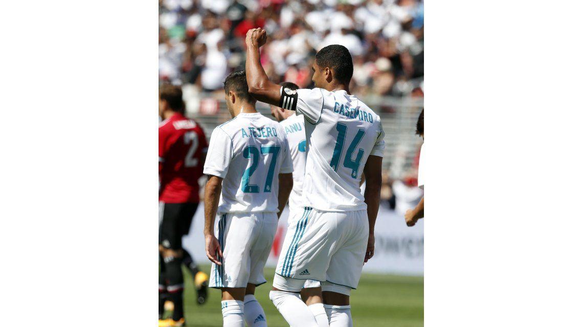 El brasileño fue capitán en el amistoso ante Manchester United