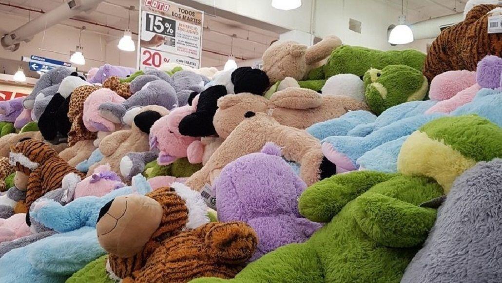 Locura y desesperación por los peluches a $300