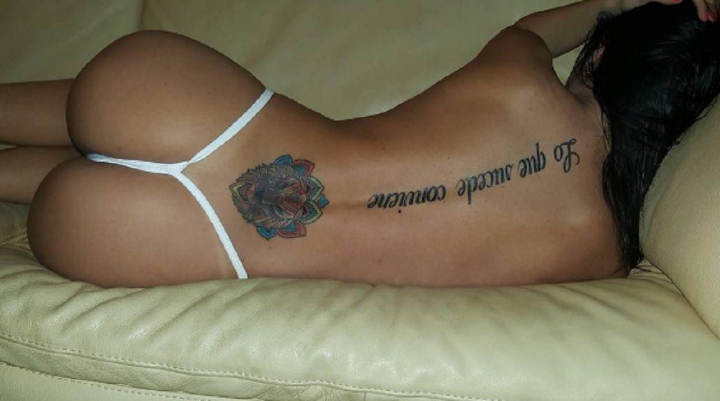 Así mostró Jésica Hereñú todos sus tatuajes