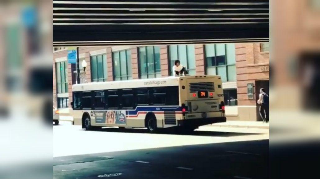 El muchacho no quiso pagar el boleto pero viajó igual