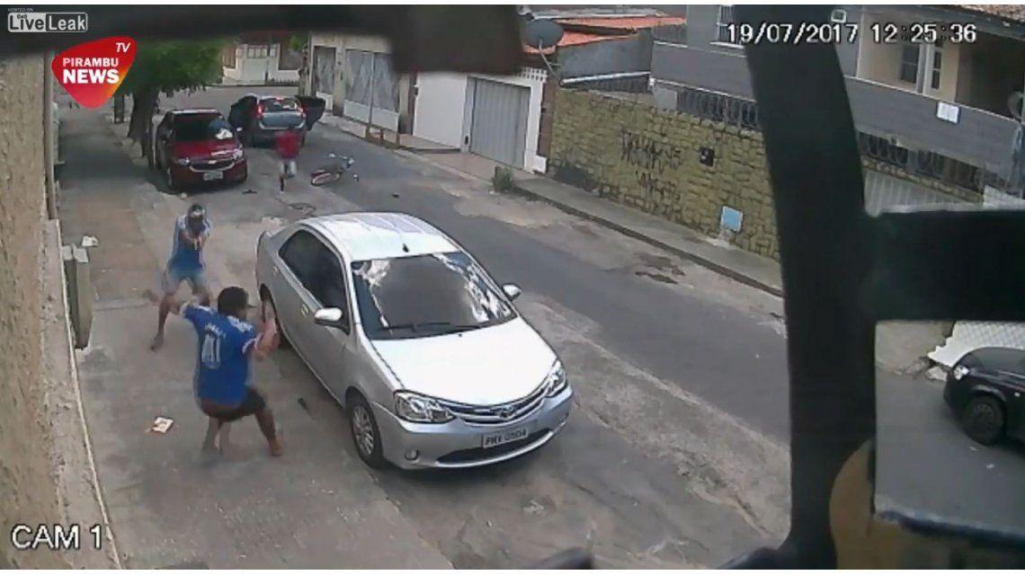Dos delincuentes acribillan a otro en una disputa entre bandas narco