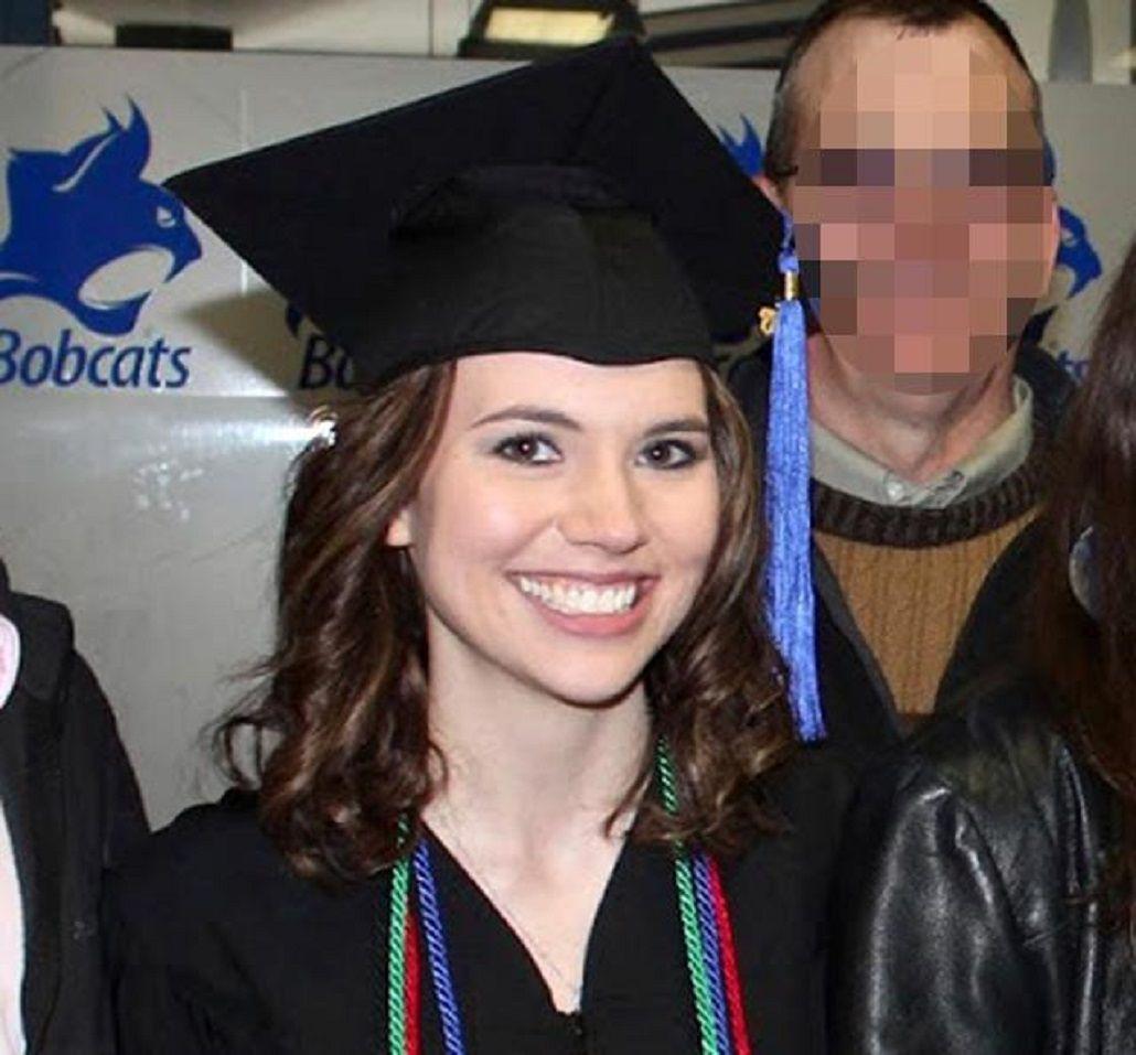 Profesora le regaló una noche de sexo a su alumno de 16 años y terminó presa