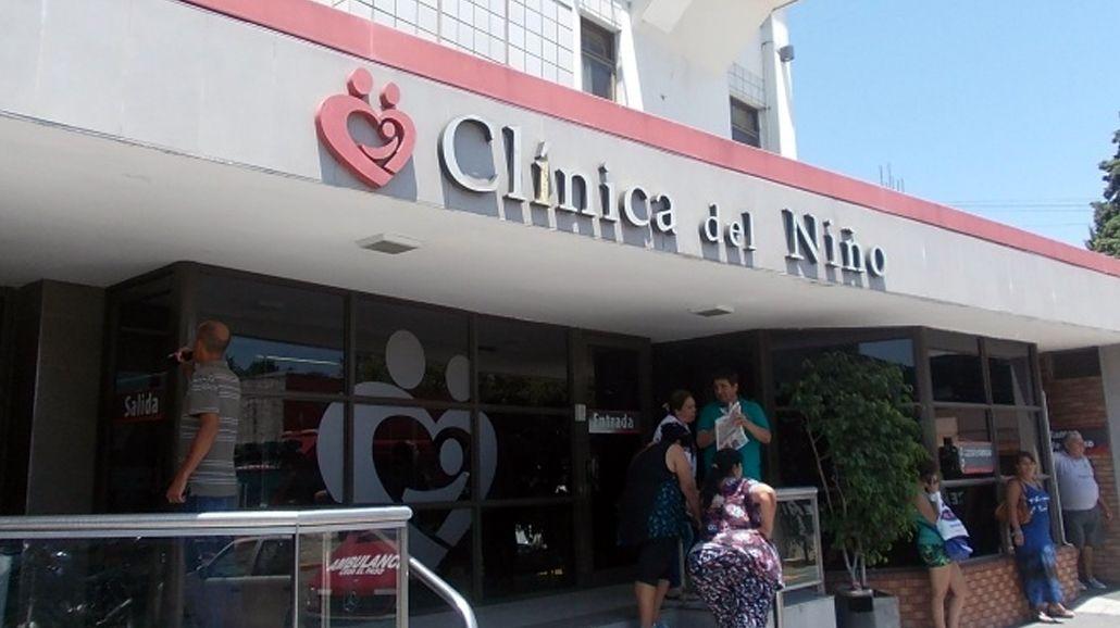 La nena está internada en la Clinica del Niño de Quilmes