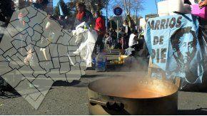 Piquetes y ollas populares en reclamo de la Emergencia Alimentaria