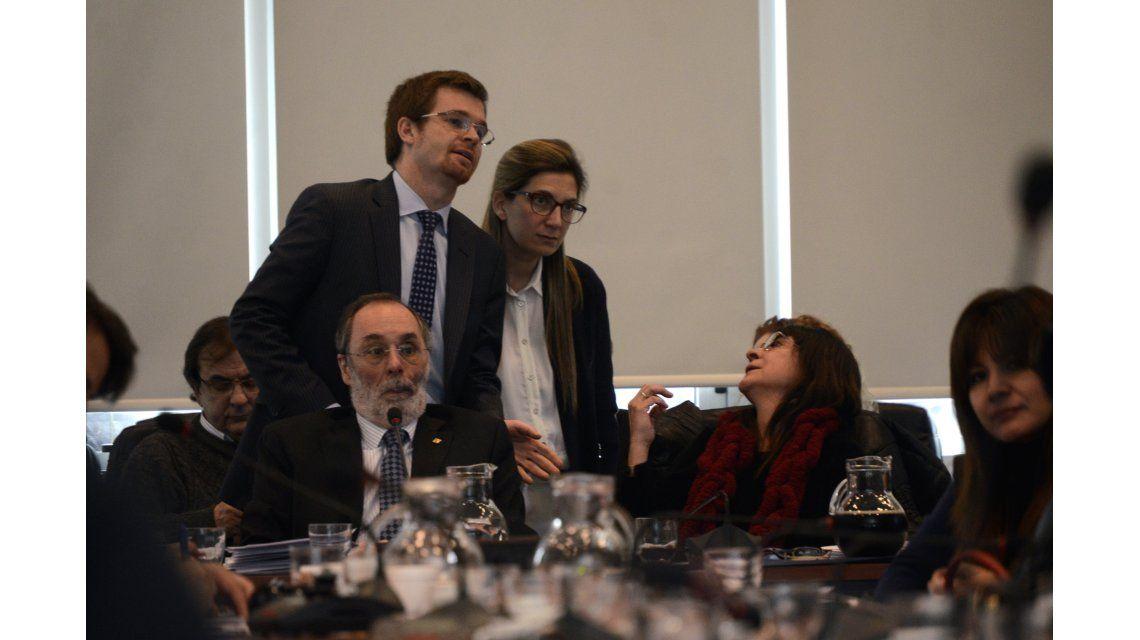 Acuerdo entre Cambiemos y el massismo para expulsar a De Vido de Diputados
