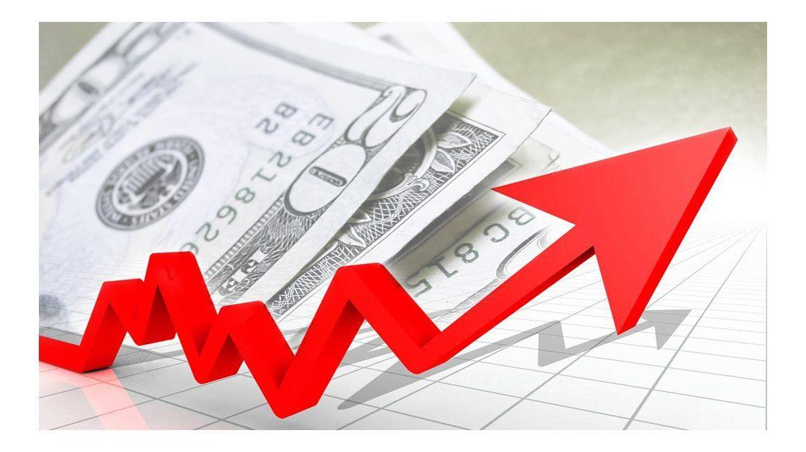 El Gobierno descartó un pico inflacionario a partir de la suba del dólar