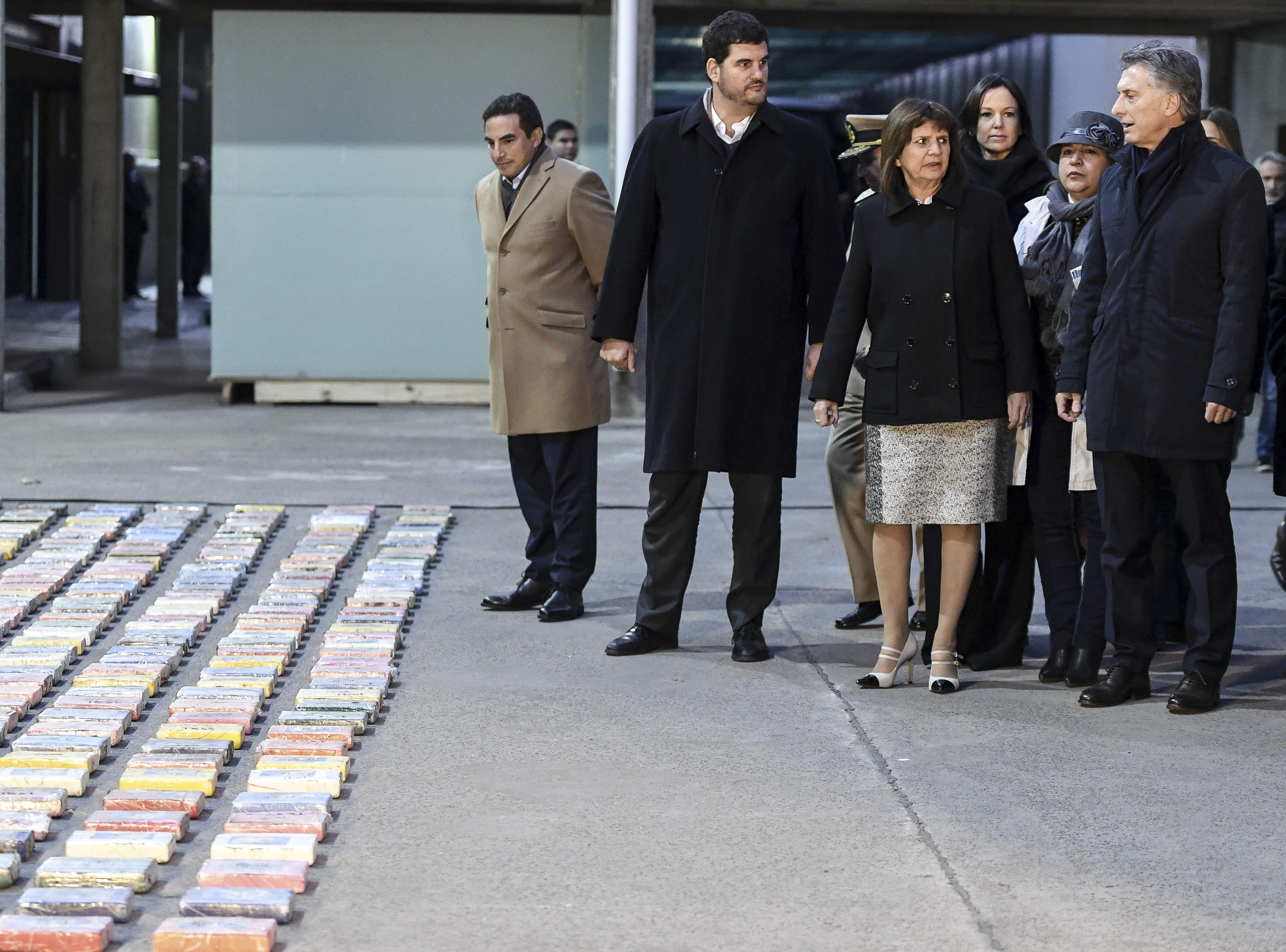 Macri en la quema de drogas