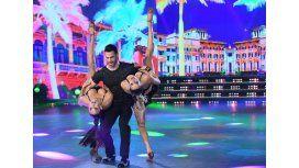 VIDEO: El topless involuntario de Florencia Marcasoli en el Bailando